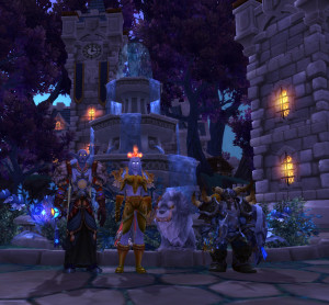 From left to right: Healer, DPS (with pet), Tank.